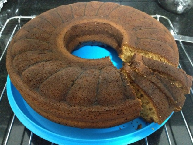 Pekmezli cevizli kek