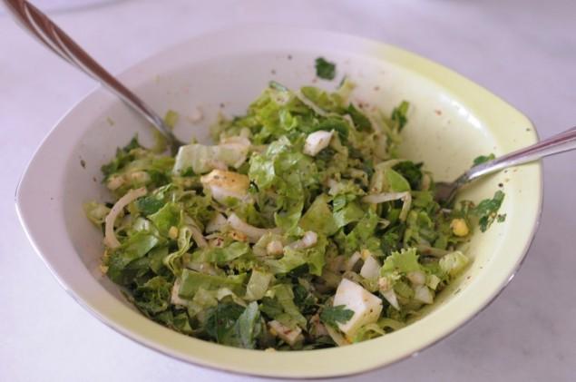Soğanlı yumurta salatası