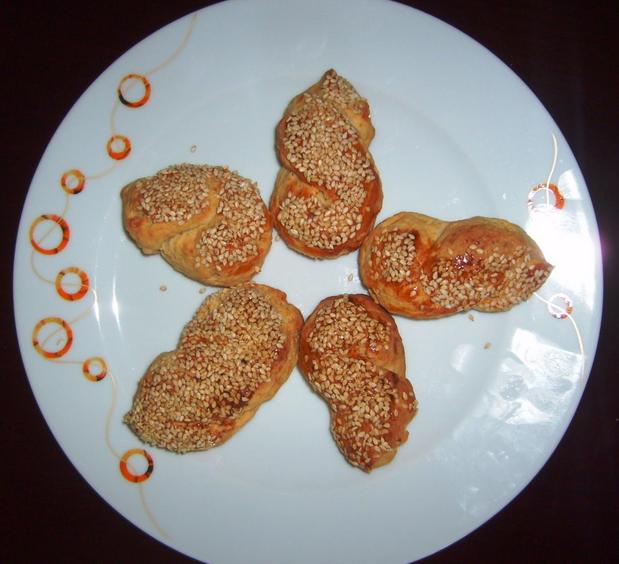 mahlepli susamlı kurabiye