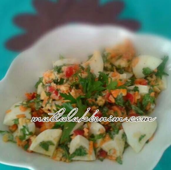 havuçlı yumurta salatası