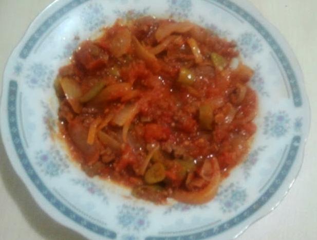 Domates yemeği