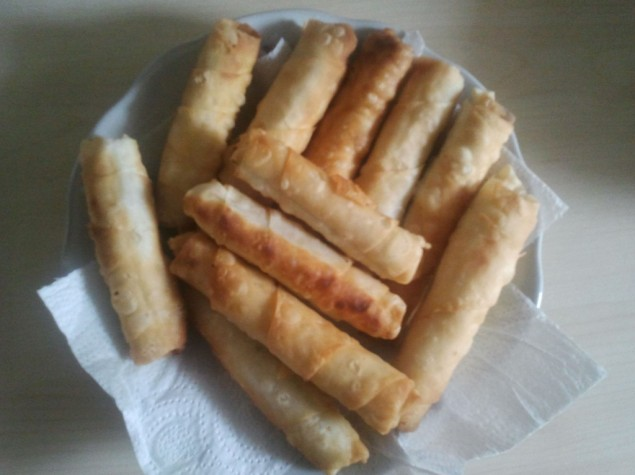 Mantarlı tavuklu sigara böreği