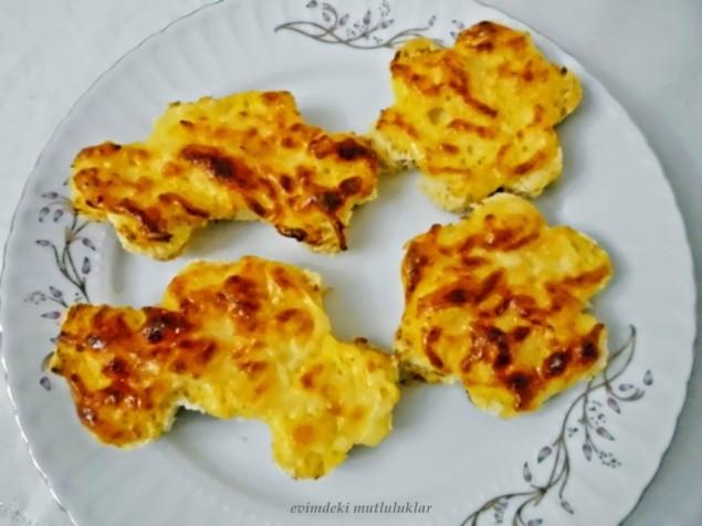 kahvaltilik-yumurtali-ekmek-tarifi