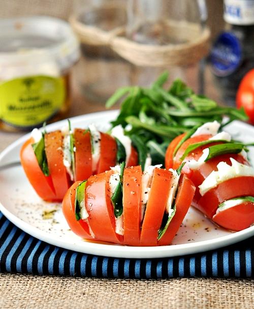 mozzarella-domatesli-tarifler- caprese-salatalar